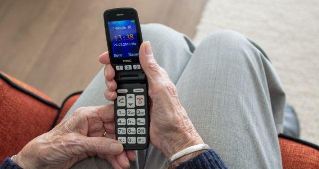 facilitando mejor móvil para mayores