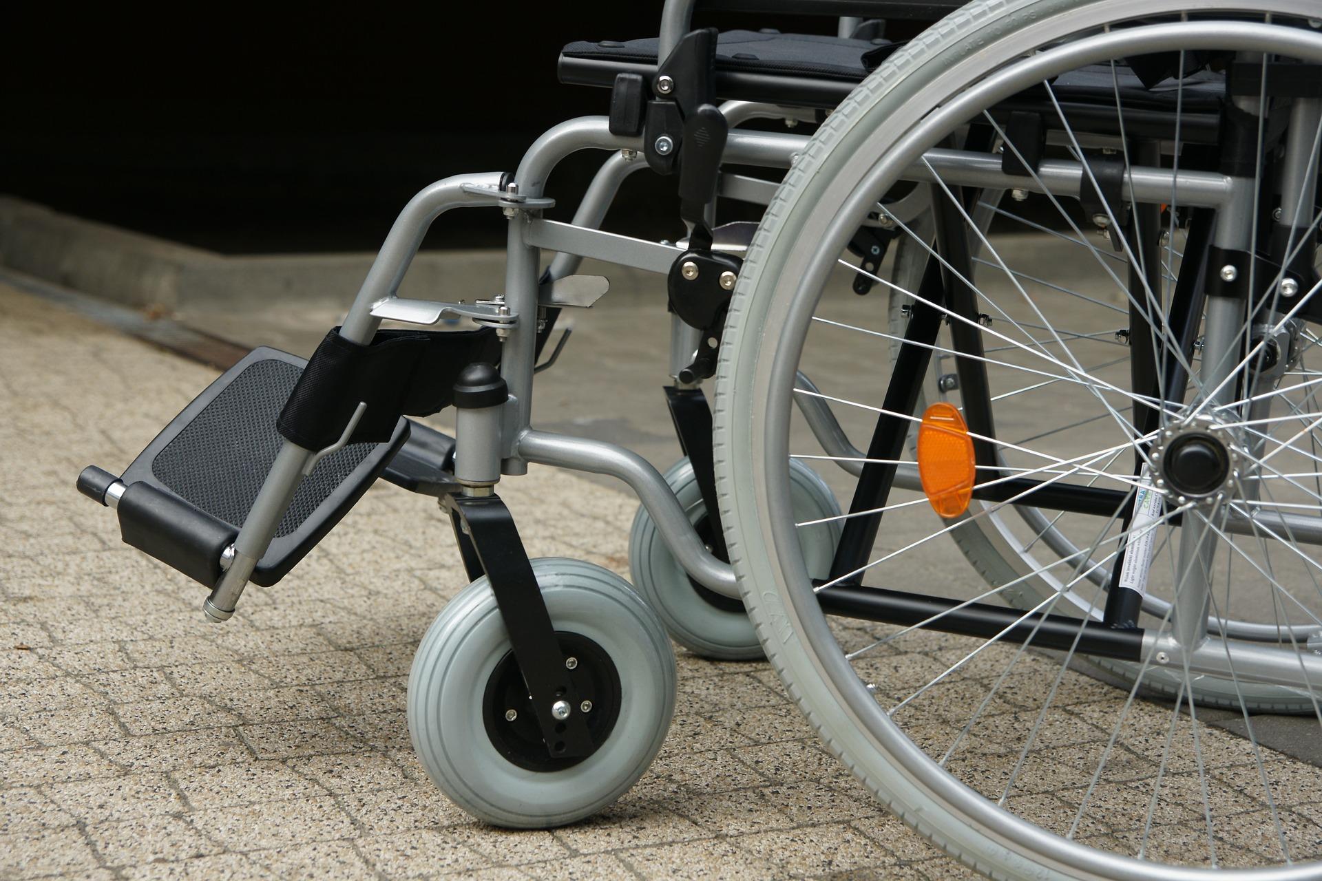 silla de ruedas autopropulsada